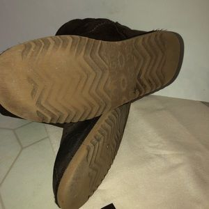 UGG Shoes - Authentic UGG Boots